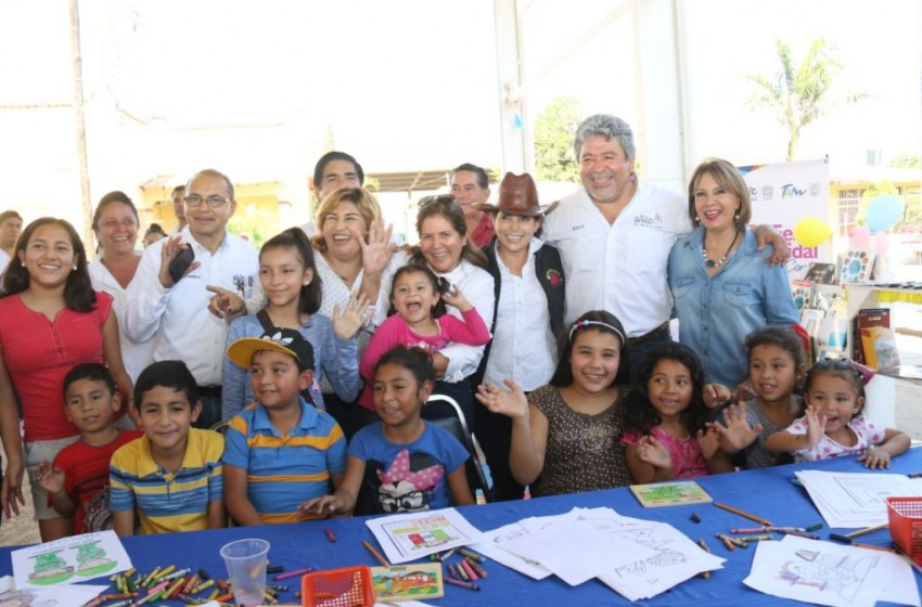 "Promueve Victoria consumo local en Feria Ejidal ""Acciones Contigo"""