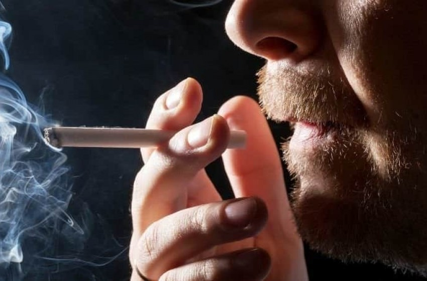 Fumar aumenta el riego de sufrir esquizofrenia y depresión
